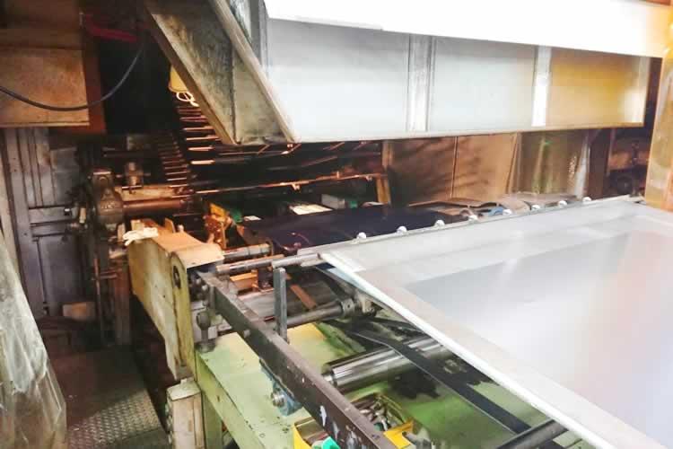 オーブン投入ストップ装置付